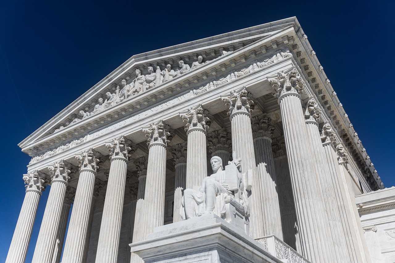 Conservatives on Supreme Court Split over Property Rights